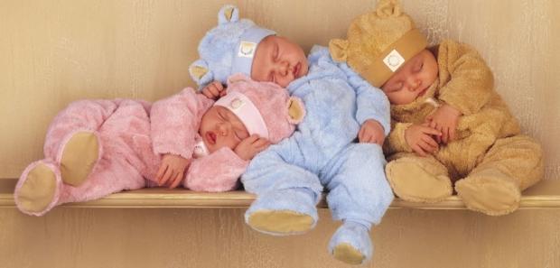bebes-vestidos-de-ursinho-dormindo-9fc32